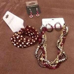 Bead Necklace and earrings set, bead bracelet. Rub
